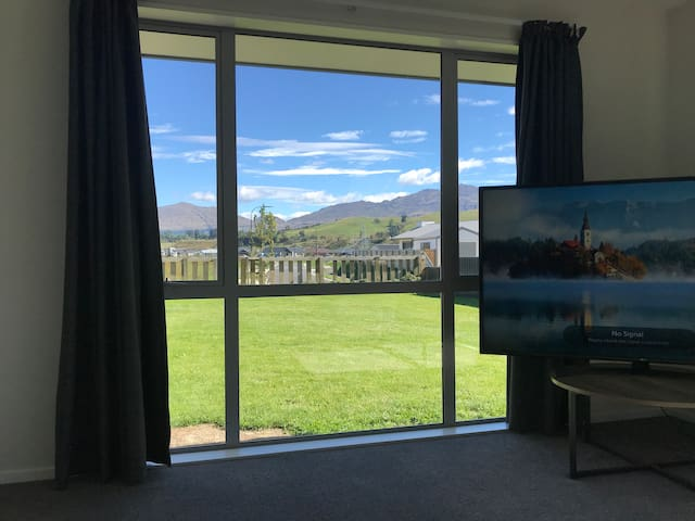 Private Studio brand new house with Amazing Views.