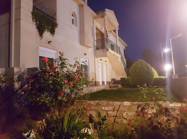 apartment castle akrokorinthos