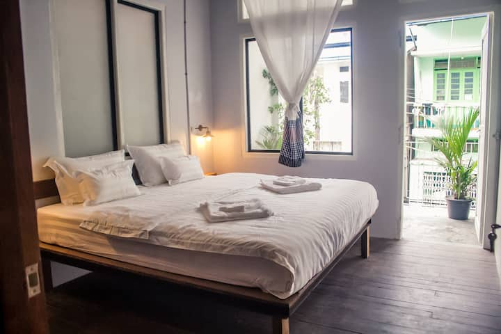 Double room with private balcony @Bodhi Nava