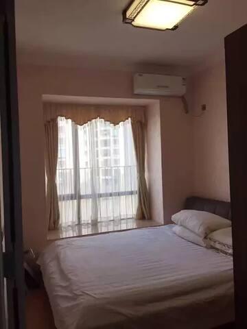 环境堪比五星级酒店,交通便利, - Shenzhen - Apartamento