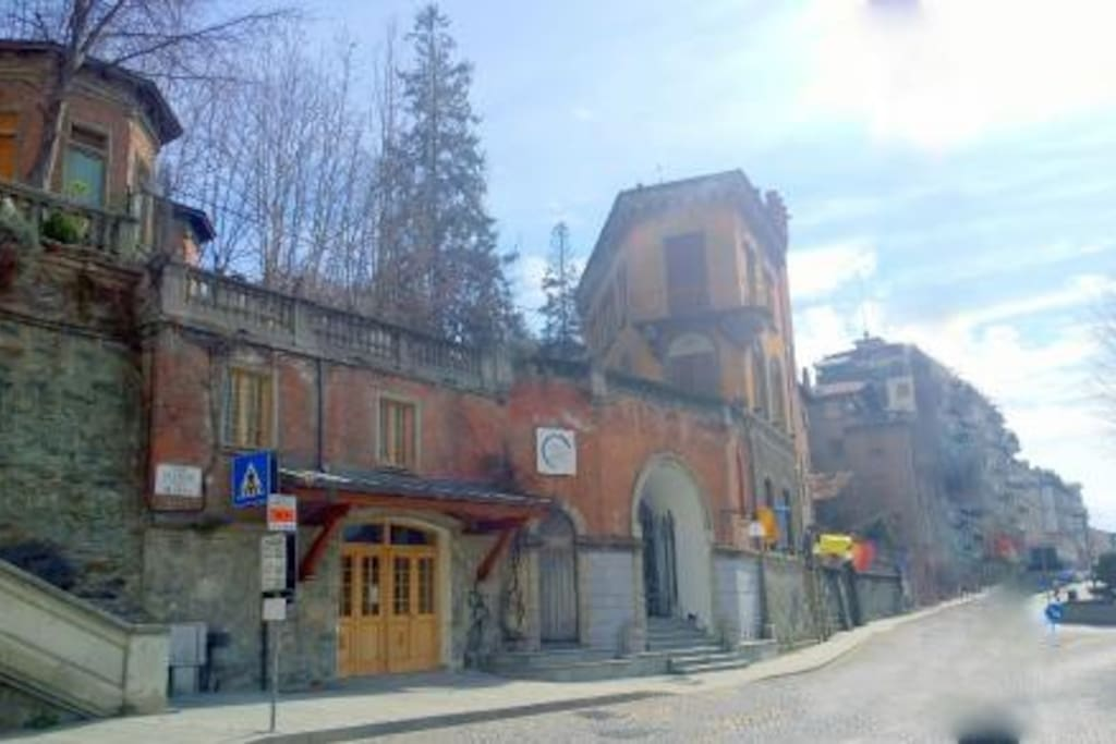 La caratteristica funicolare di accesso alle Terme di Saint Vincent