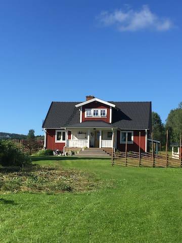 Mysigt på landet - Sunne V - Huis