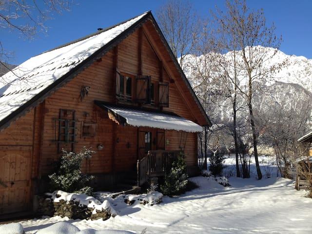 nice chalet - Le Bourg-d'Oisans - Bungalo