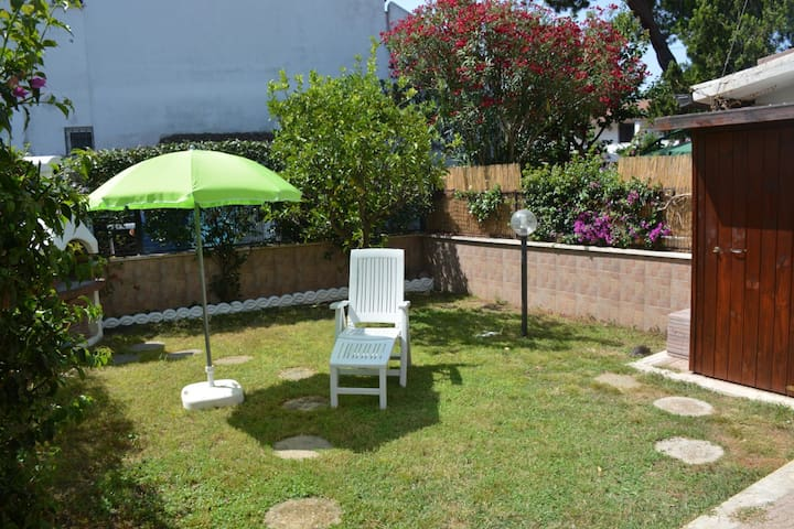 Small villa in Cerenova - 25 minutes to Rome - Marina di Cerveteri - Villa