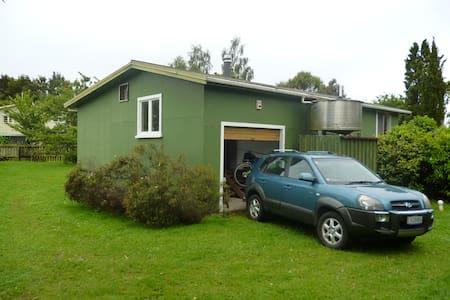 Big Trout Bach, Te Rangiita - Tauranga Taupo - Дом