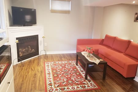 Beautiful Newly Furnished appartment in Aurora