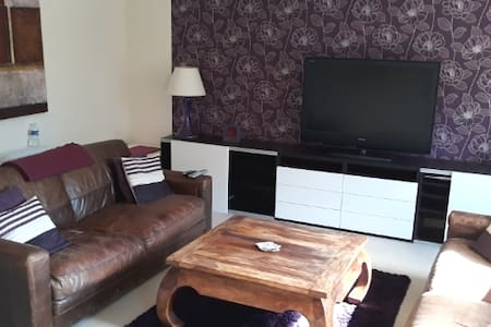 Spacious modern apartment with secure parking
