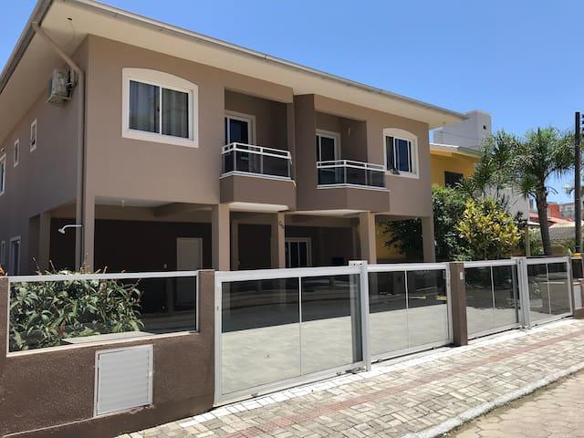 Apartamento 03 - Residencial Kasperbauer Bombas/SC