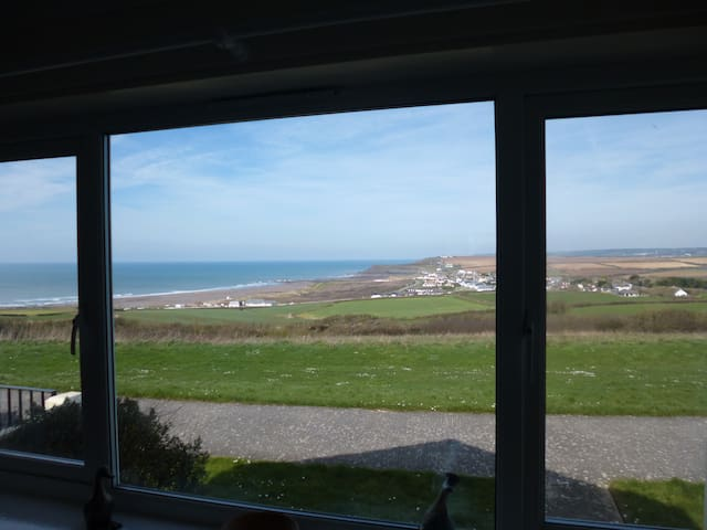 Beach View - Holiday Chalet Widemouth Bay, Bude