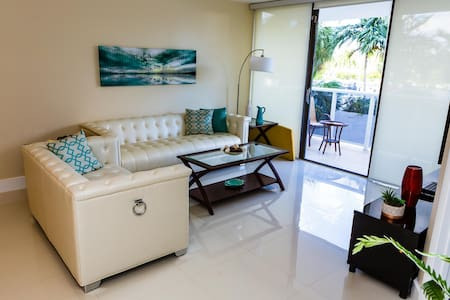 LUXURY 2  1-1/2 Apt in Aventura!!! - Aventura
