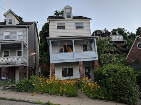 2 bedrm/1 bath house close to Pitt/CMU, South Side
