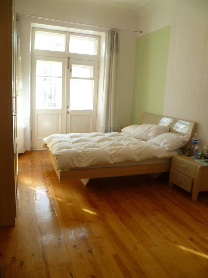 Two Room Apartment in Embassy district.