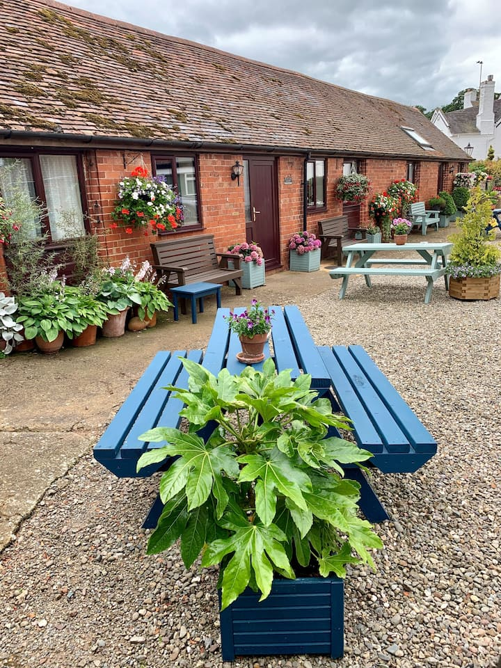 Ground level Self-Catering Holiday Cottage