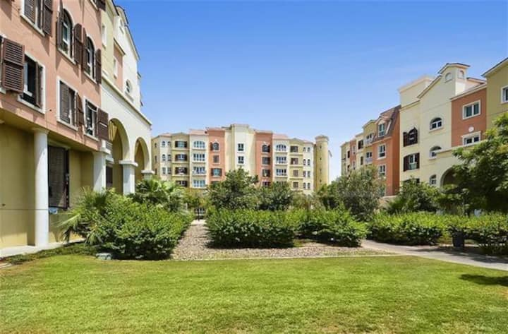 Unfurnished 1 Bedroom Apt in Discovery Gardens 52