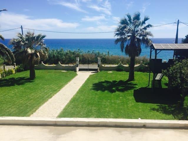 Villa Angelos - Corfu - House