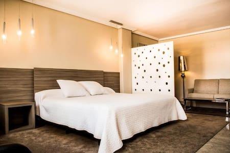 Habitación Doble Superior cama doble extragrande