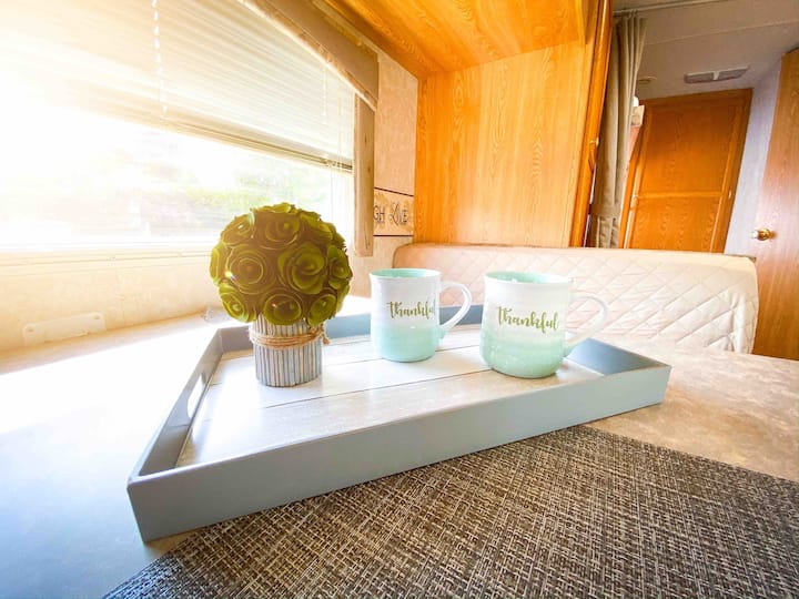 Live an Adventure on this Cozy RV in Opa-Locka