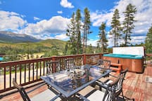 Enjoy the outdoors on the large outdoor deck with seating for 6.