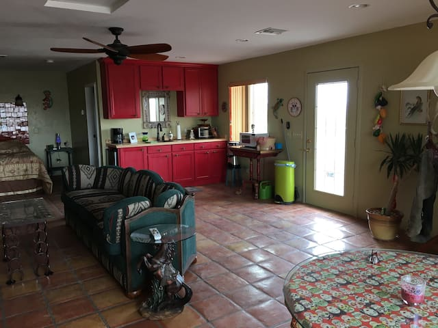 All amenities Casita! - Rio Rico - House