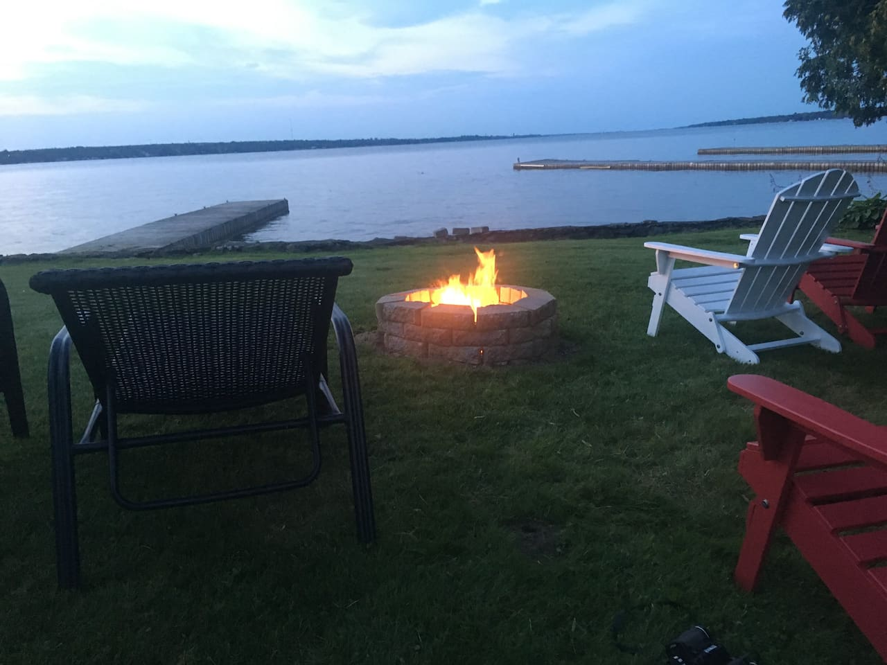 Spend a relaxing week on this St Lawrence River serene river retreat.