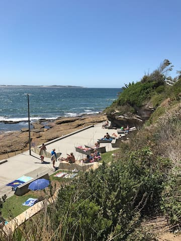 Great location! Beach Train Stores - Cronulla - Appartement