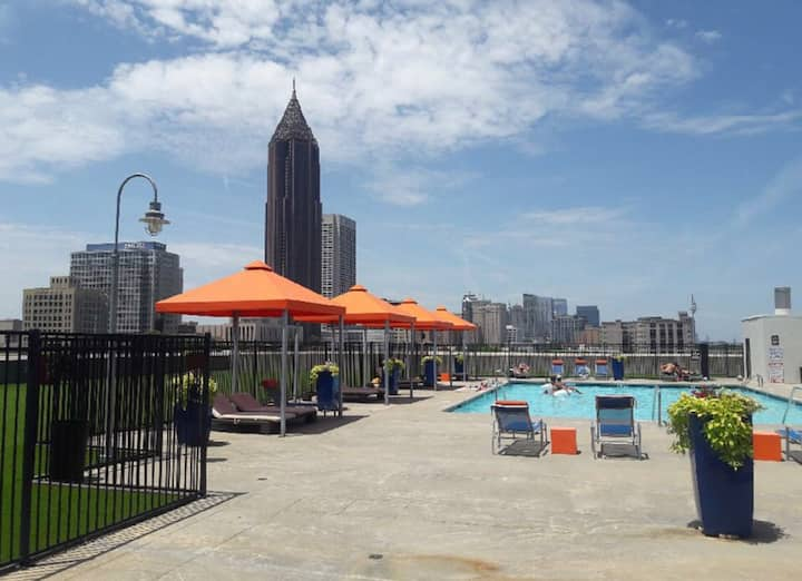 Southern living at it's finest in downtown Atlanta