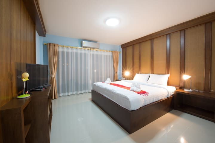 48sqm Room with King bed and spacious living room