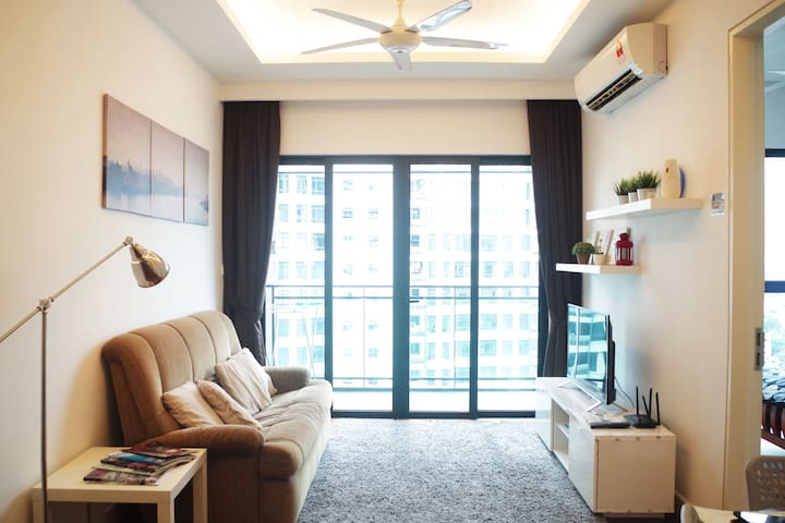 Lovely『2BR 1~4px』 Nearby MidValley 『WIFI+TV Box』