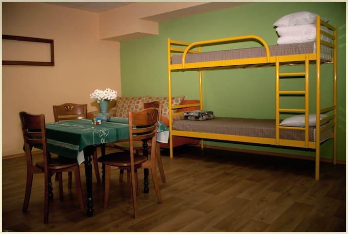 4х-местная комната в центре - Dnipropetrovs'k