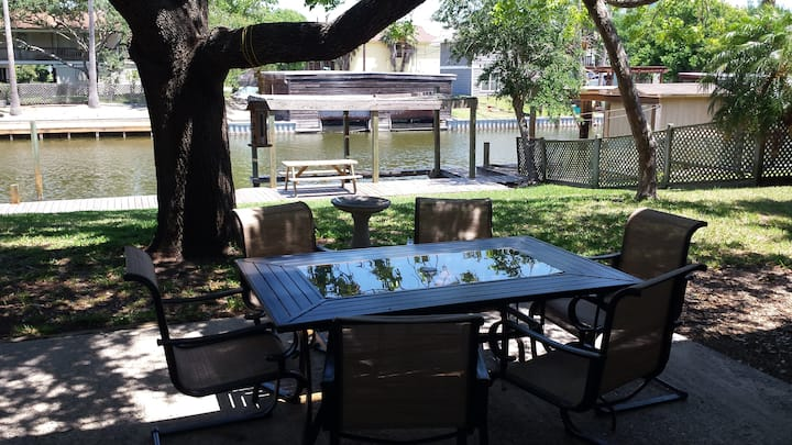 2 story Canal House on Laguna Madre