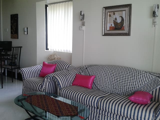 Nice cozy 2BR condo Sea View at Batu Ferringhi