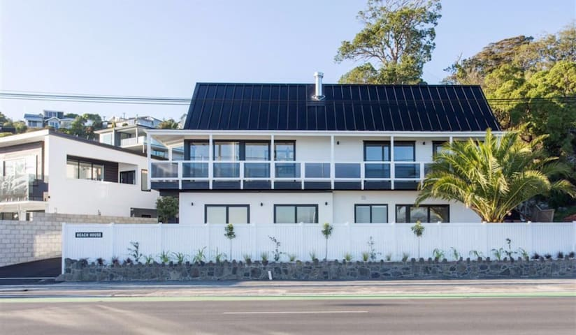 Beautiful waterfront accommodation - Christchurch - Huis