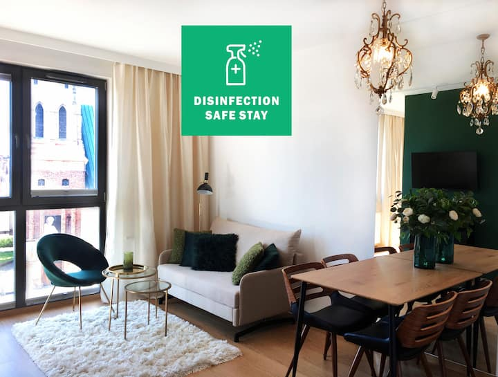 Green Apartment z garażem