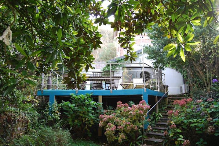 Villa de caractère -200 m²- 100 mètres de la plage - Jullouville - Villa