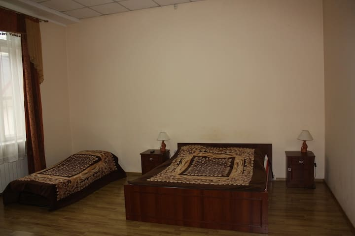1-комнатная на пл.Мира - Mukacheve - Apartment