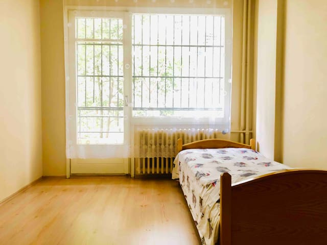 Comfy Balcony Room