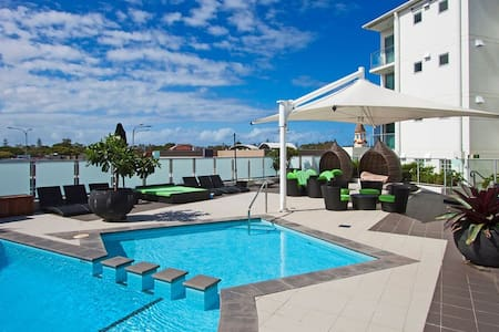 penthouse level pool view apartment - Ballina