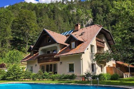 Vila Edelweiss rooms& apartments Kranjska Gora - Gozd Martuljek - Byt