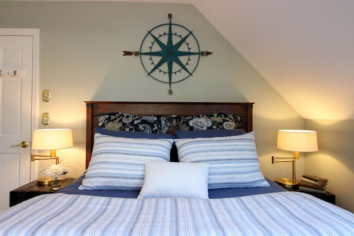 Make yourself at home in our super comfortable queen sized bed.