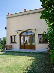 The barn of De Medici Family - Cerreto Guidi - Talo