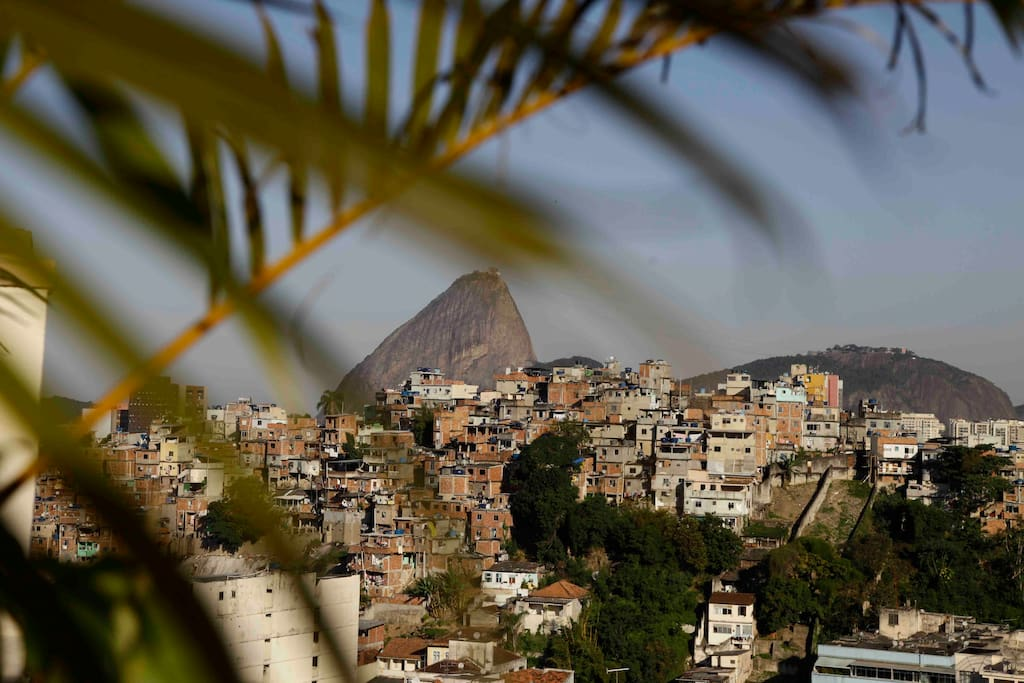 vista do pao de acucar  - view of the sugarloaf from roof top