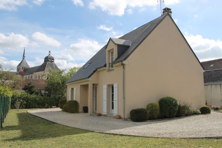Chambre proche de l'abbaye et de la Loire
