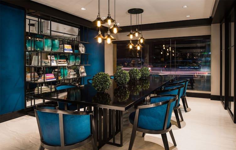 Chic & Affordable Hotel in Greenbelt Makati
