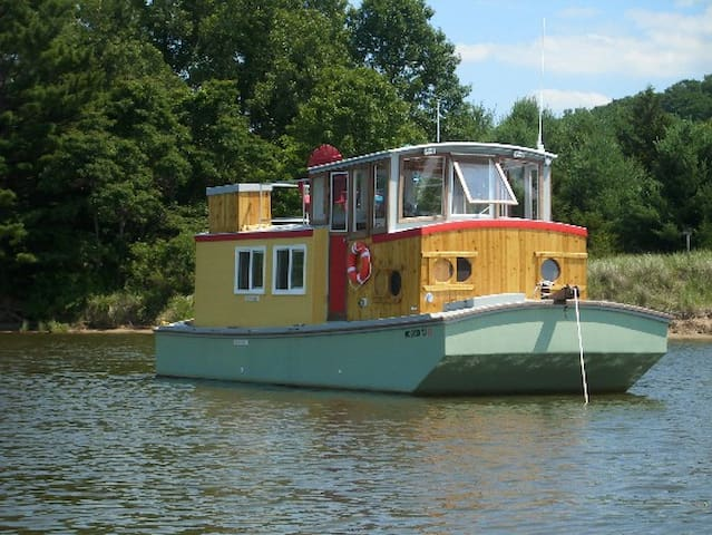 Saugatuck Wooden Boat - Saugatuck