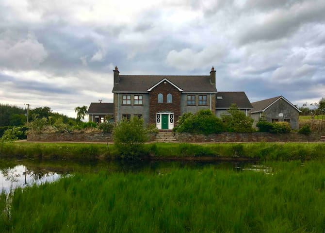 Private En-suite, WiFi, Close to Giants Causeway.