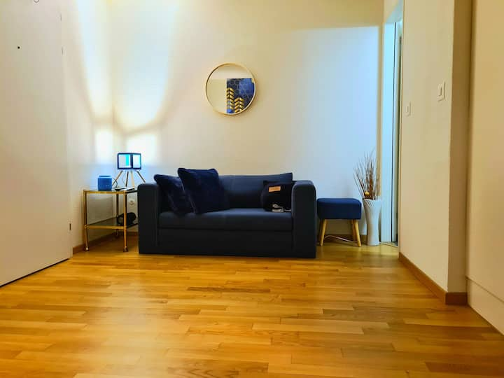 Nice, simple & modern apartment in central Zurich