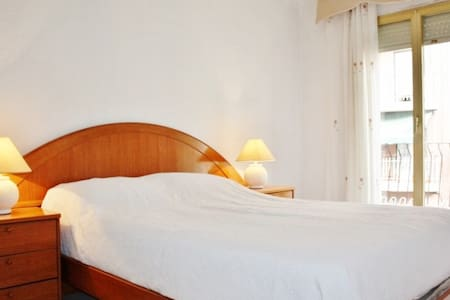3 Double Bedroom in Elche, Alicante - Elx - Pis