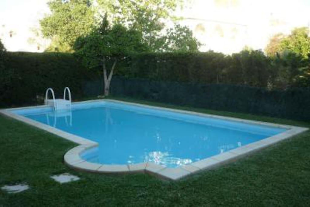 Hammamet sud maison avec piscine maisons louer for Piscine demontable tunisie