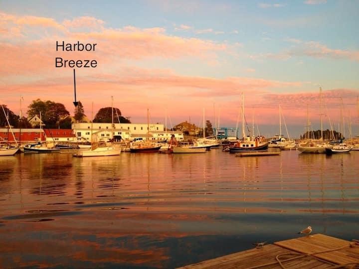 Harbor Breeze Camden - location , location