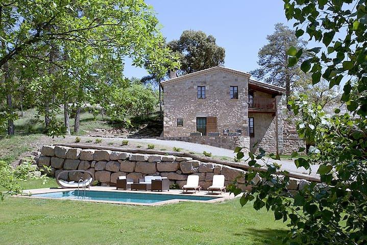 Cottage La Bauma - 1h Barcelona - Sagàs - Dům